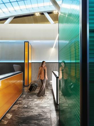 Бизнес-зал аэропорта «Платов» по проекту VOX Architects (фото 2.1)