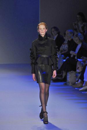 Показ Christophe Josse коллекции сезона Осень-зима 2009-2010 года Haute couture - www.elle.ru - Подиум - фото 87379