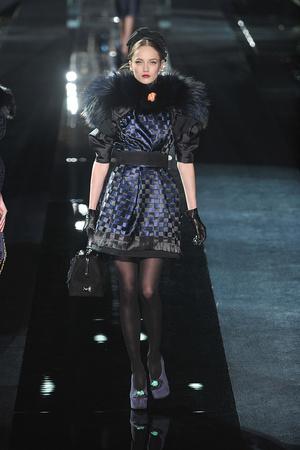 Показ Dolce & Gabbana коллекции сезона Осень-зима 2009-2010 года Prêt-à-porter - www.elle.ru - Подиум - фото 95081