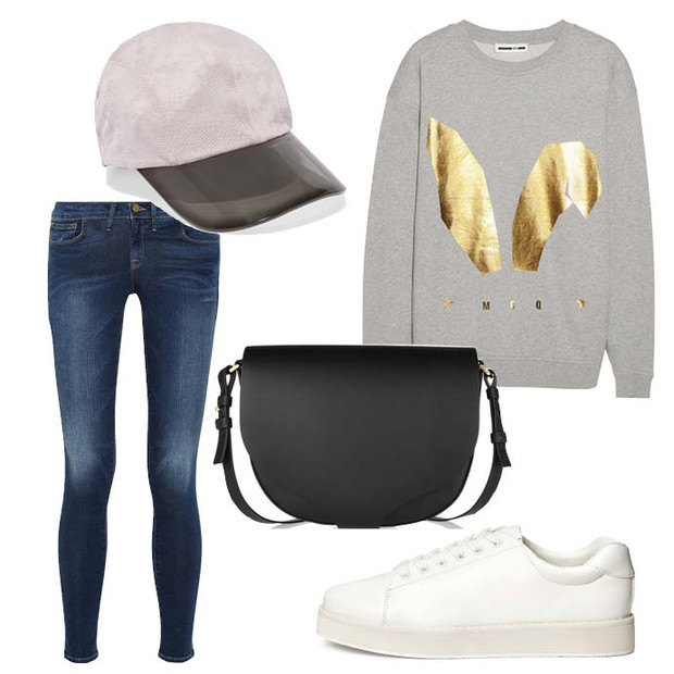 Выбор ELLE: свитшот McqbyAlexanderMcQueen, джинсы Framedenim, бейсболка AdidasbyStellaMcCartney, сумка-полукруг Sophie Hulme
