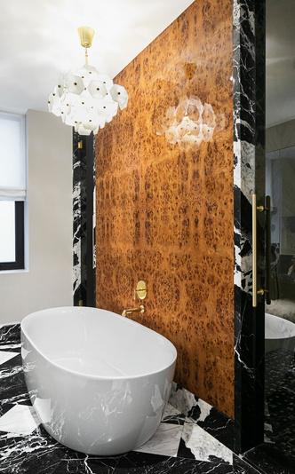 Латунь и мрамор: апартаменты в Торонто (фото 11.2)
