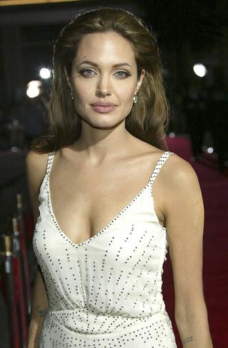 Почему в 00-е Анджелина Джоли была самой красивой женщиной планеты: 30 доказательств фото [12]