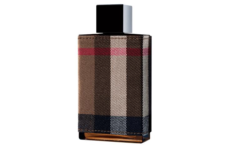 Вечная классика: мужские ароматы на 23 февраля (фото 37)