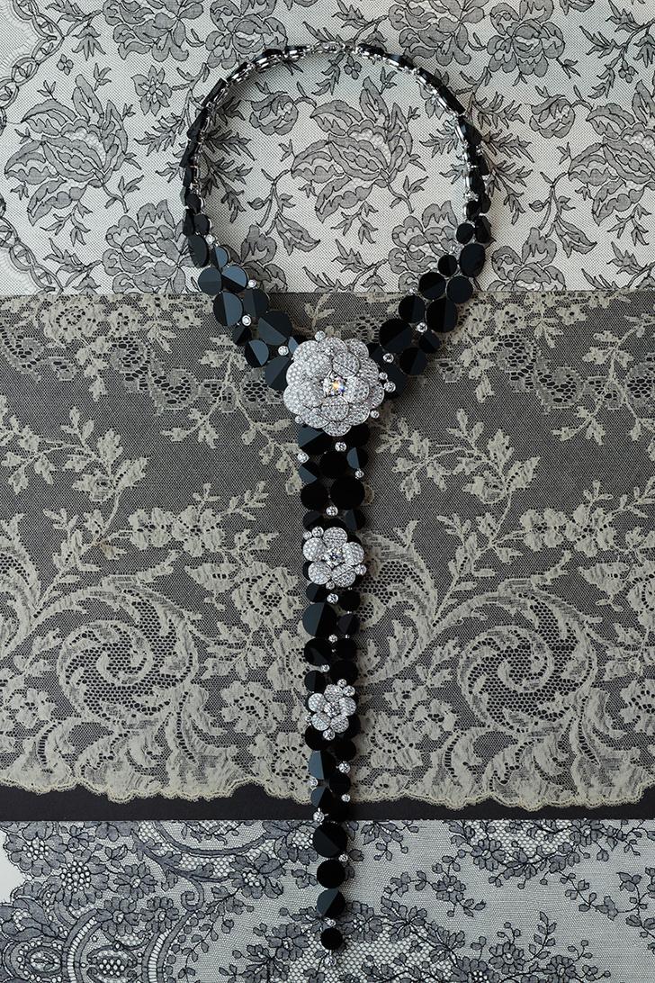 Колье Tuxedo, белое золото, бриллианты, оникс.
