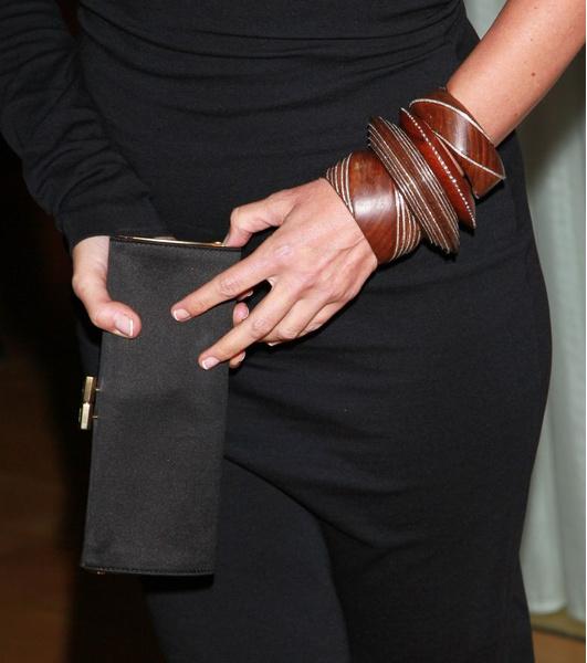 В СВОИХ РУКАХ: Как правильно носить браслеты | галерея [3] фото [1]