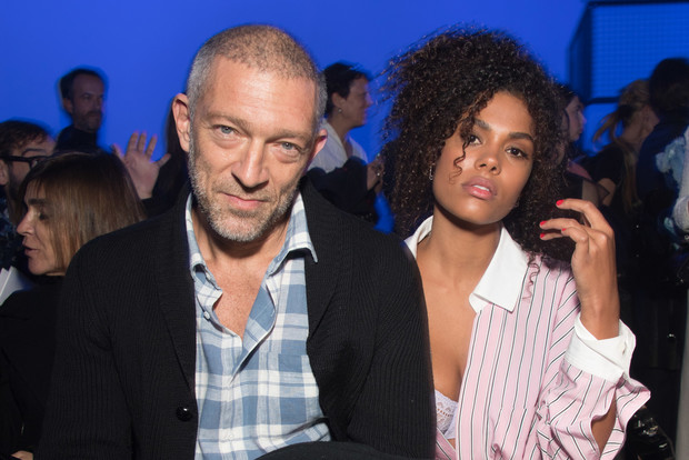 Венсан Кассель и Тина Кунаки на Неделе Высокой моды в Париже (фото 3)