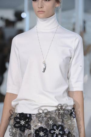 Показ Louis Vuitton коллекции сезона Весна-лето 2012 года Prêt-à-porter - www.elle.ru - Подиум - фото 316618
