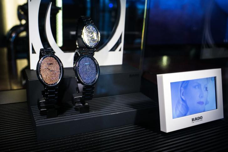 Часы Rado eSenza Ceramic Touch Fibonacchi Diamonds