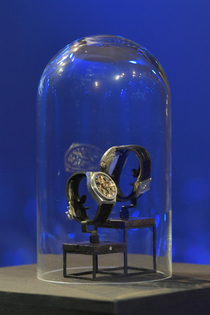 Часовая мануфактура Zenith представляет новые часы фото [2]