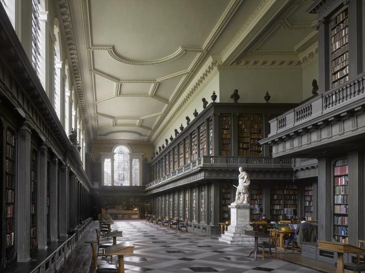 Самые потрясающие библиотеки мира (фото 50)