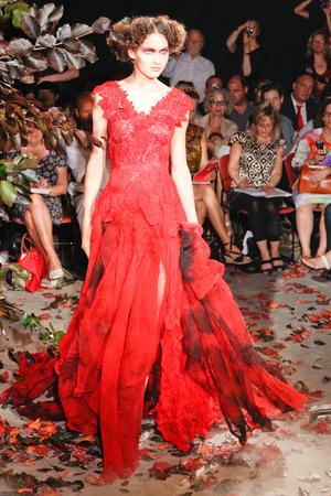 Показ Franc Sorbier коллекции сезона Осень-зима 2010-2011 года Haute couture - www.elle.ru - Подиум - фото 168066