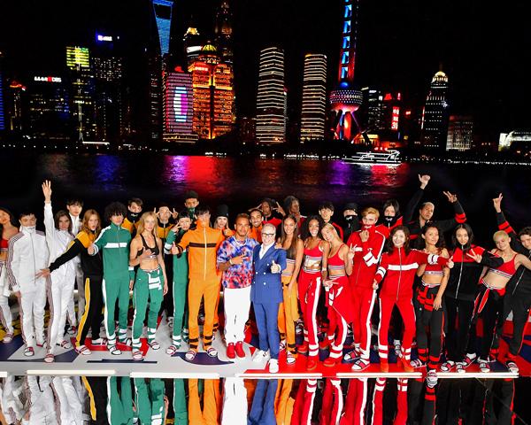 Как прошло шоу TommyNow Icons в Шанхае? (фото 1)