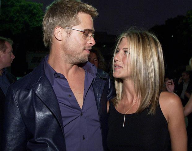 Дженнифер Энистон и Брэд Питт, 2001 год