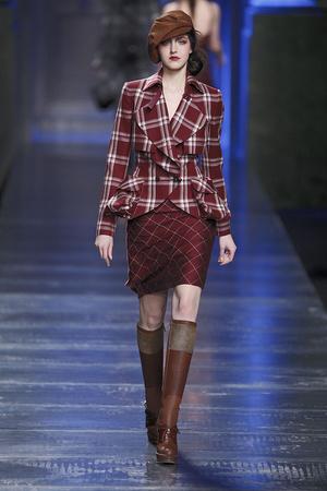 Показы мод Christian Dior Осень-зима 2010-2011 | Подиум на ELLE - Подиум - фото 2724