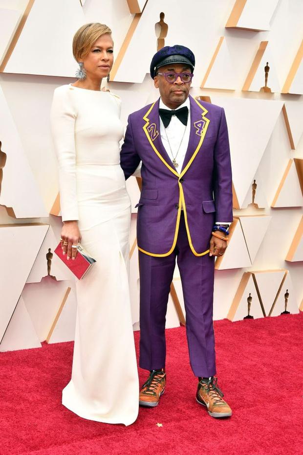 Костюм в память о Коби Брайанте — один из главных выходов «Оскара-2020» (фото 1)