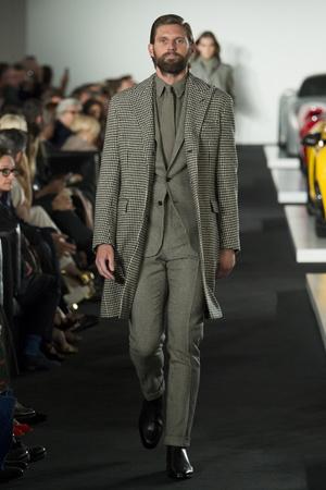 Показ Ralph Lauren коллекции сезона Весна-лето 2018 года Prêt-à-porter - www.elle.ru - Подиум - фото 628131