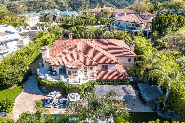 Актриса Кейли Куоко продает свой дом в Лос-Анджелесе (фото 25)