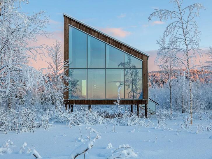 Arctic Bath: плавучий отель в Швеции (фото 11)