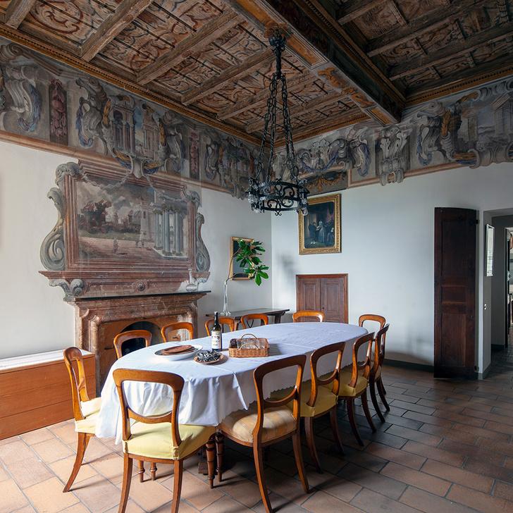Виллу XVI  века в Ломбардии можно арендовать на Airbnb (фото 5)