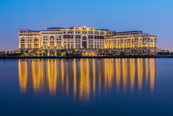 Шесть символов Versace: квест по отелю Palazzo Versace фото [2]