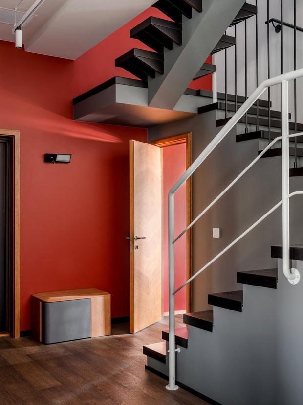 Тайна третьего этажа: квартира с мансардой в Москве (фото 5)