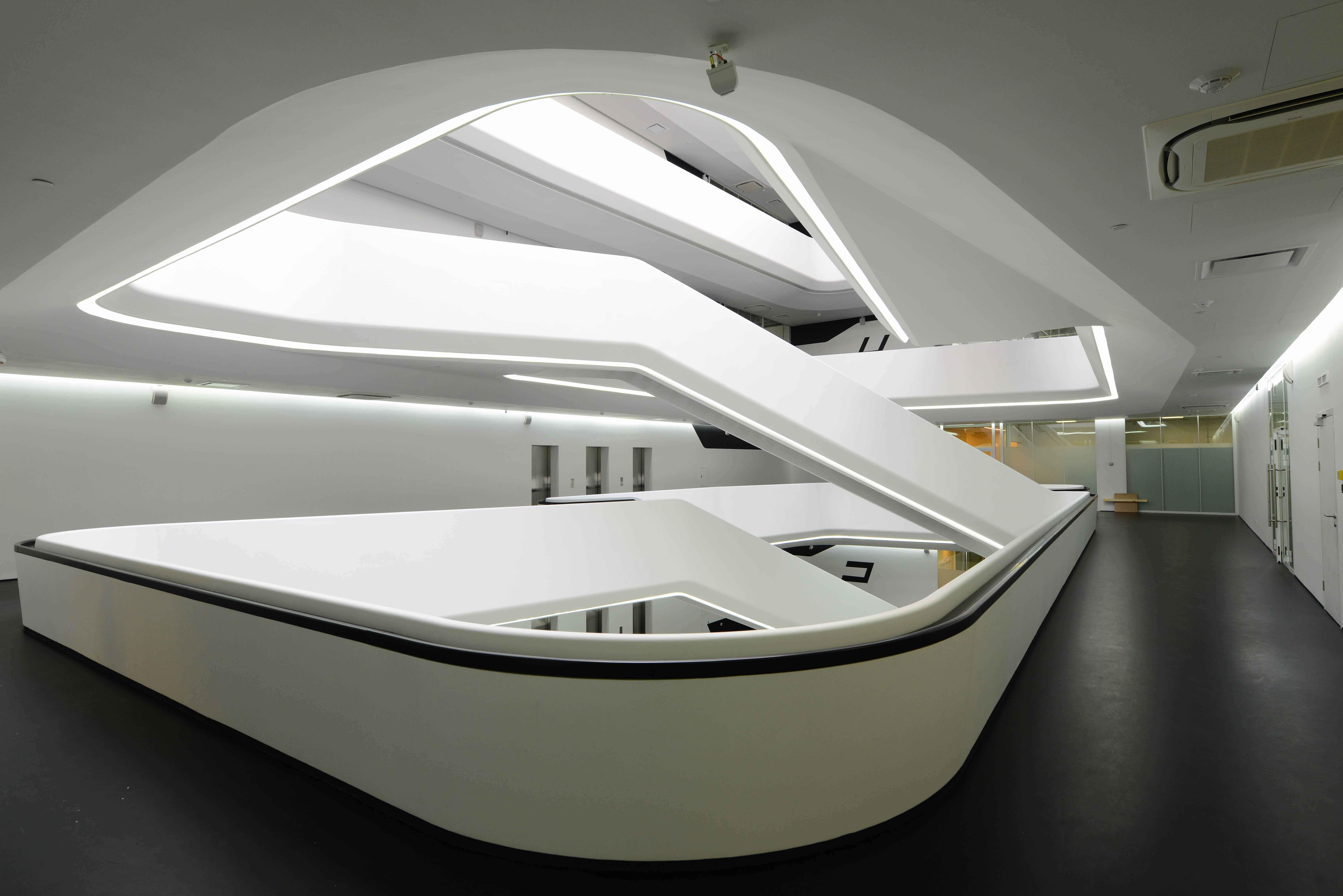 Первая в Москве постройка от Захи Хадид | галерея [1] фото [3]