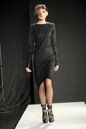 Показ Mandy Coon коллекции сезона Осень-зима 2011-2012 года prêt-à-porter - www.elle.ru - Подиум - фото 227478