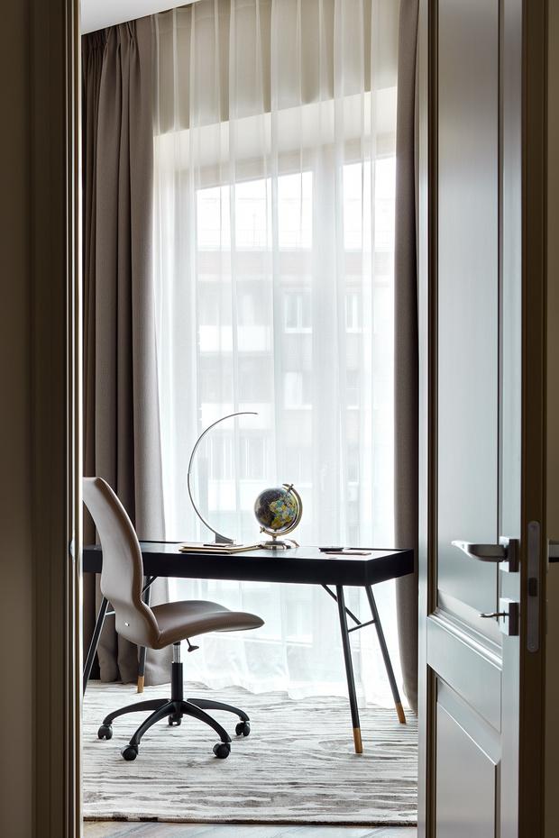 Выбор джентльмена: лаконичная квартира в Москве (фото 14)