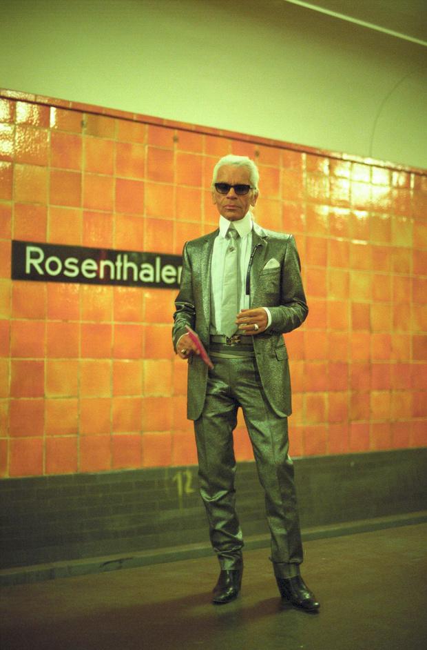 Фотовыставка, посвящённая Карлу Лагерфельду, в Берлине (фото 2)