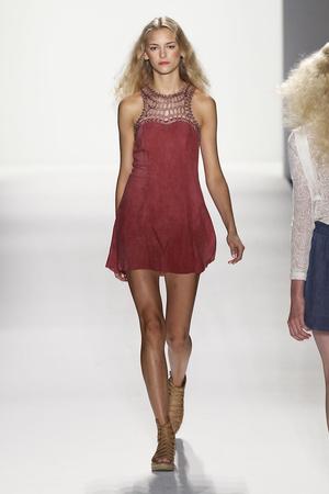 Показы мод Rebecca Minkoff Весна-лето 2012 | Подиум на ELLE - Подиум - фото 2029