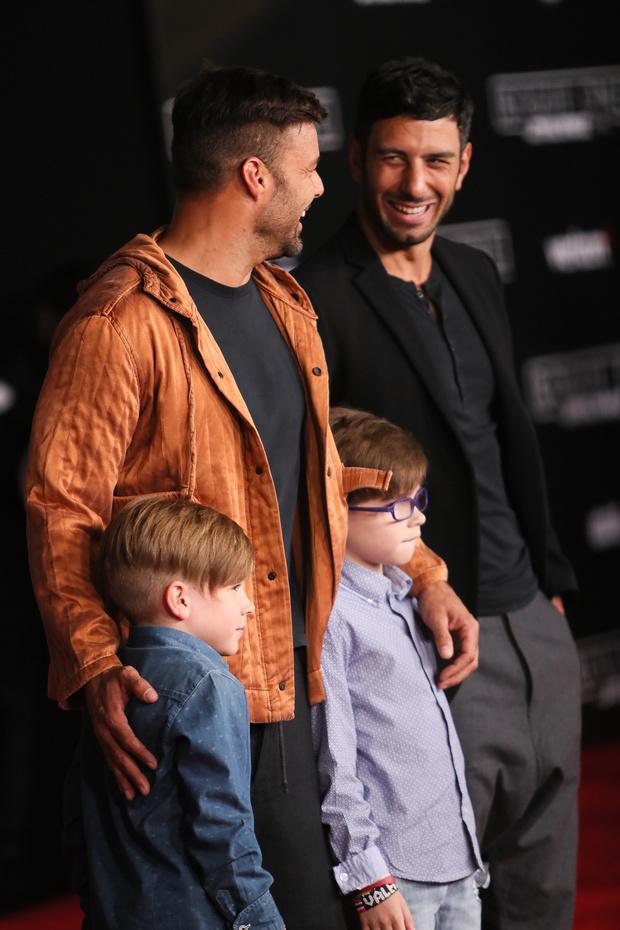 Рики Мартин с сыновьями и Джван Йозеф