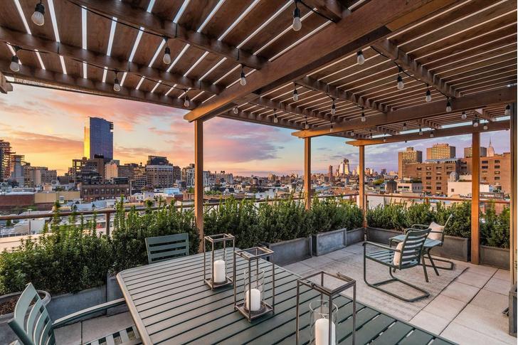 Актер Майк Майерс продает апартаменты в Нью-Йорке фото [11]