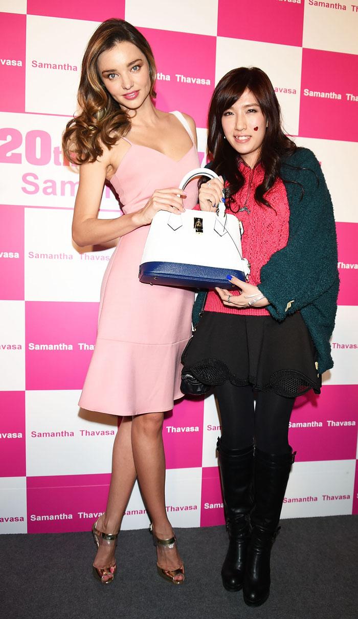 Миранда Керр в розовом платье