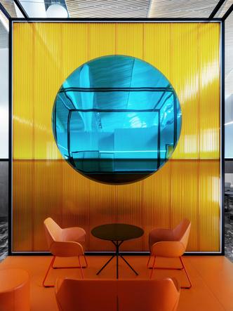 Бизнес-зал аэропорта «Платов» по проекту VOX Architects (фото 2.2)
