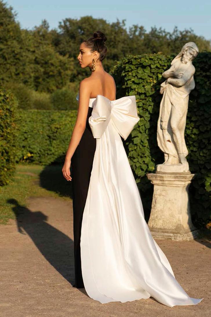 Расида Лакоба: «Если за день до свадьбы нас просят сшить платье, мы за ночь сделаем его в десять рук» (фото 9)