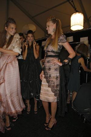 Показы мод Zac Posen Весна-лето 2009 | Подиум на ELLE - Подиум - фото 3421