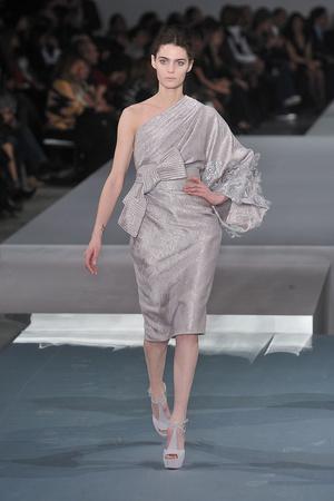 Показ Elie Saab коллекции сезона Весна-лето 2009 года Haute couture - www.elle.ru - Подиум - фото 86588