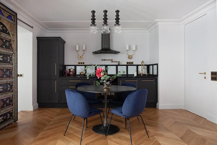 Квартира 64 м² с витражами и марокканскими мотивами в Санкт-Петербурге (фото 17)