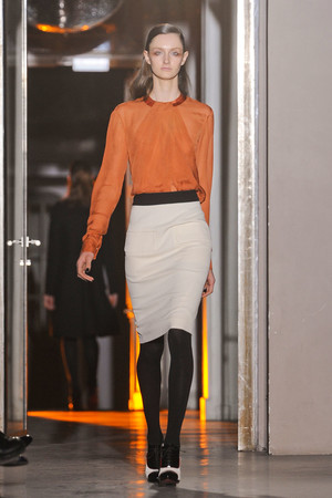 Показы мод Rue du Mail Осень-зима 2012-2013 | Подиум на ELLE - Подиум - фото 1457