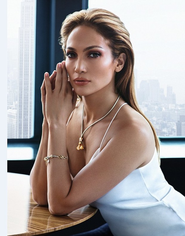 Дженнифер Лопес для Endless Jewelry