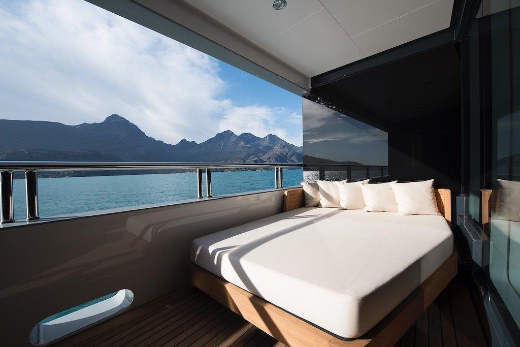 Морская прогулка: парусники и яхты от известных дизайнеров | галерея [7] фото [4]