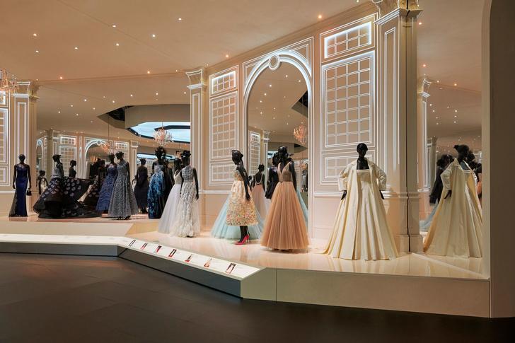 Выставка «Кристиан Диор: дизайнер мечты» в Лондоне (фото 5)