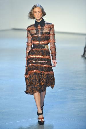 Показы мод Rodarte Осень-зима 2012-2013 | Подиум на ELLE - Подиум - фото 1643