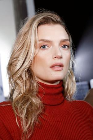 6 вещей, которые парихмахеры никогда не говорят, но которые важно знать (фото 10)