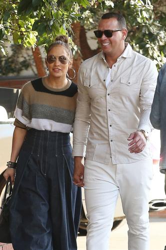 Фото дня: Дженнифер Лопес и Алекс Родригес на свидании в Беверли-Хиллз (фото 2)