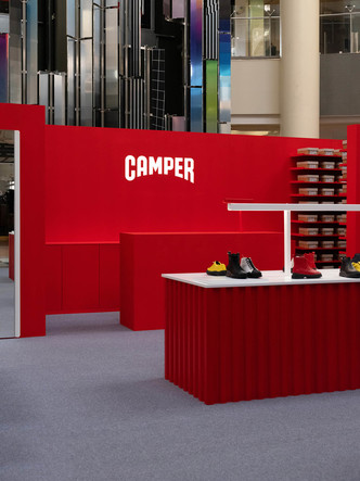 Pop-up бутик Camper по дизайну студии Asketik (фото 5.1)