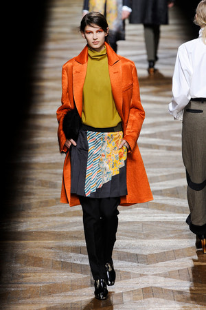 Показы мод Dries Van Noten Осень-зима 2012-2013 | Подиум на ELLE - Подиум - фото 1462