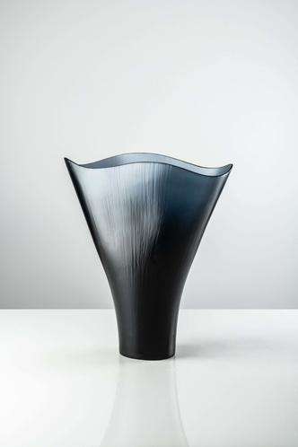 Баланс и хрупкость: вазы и декор Venini в новых оттенках (фото 9.1)