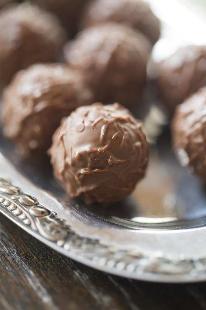Шоколадные трюфели с морской солью