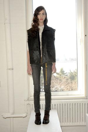 Показ Gilded Age коллекции сезона Осень-зима 2011-2012 года prêt-à-porter - www.elle.ru - Подиум - фото 226959